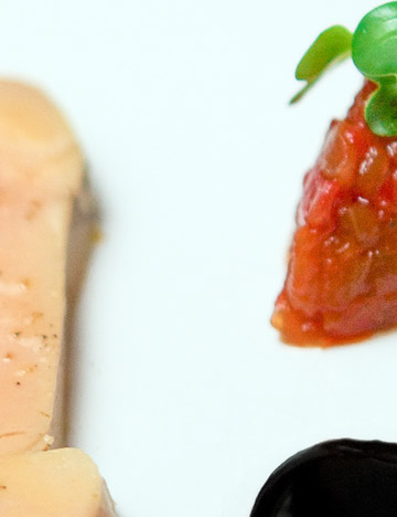 Fois gras and red pepper chutney